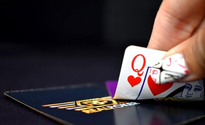 Rise in Female Casino Population Boosts Online Gambling